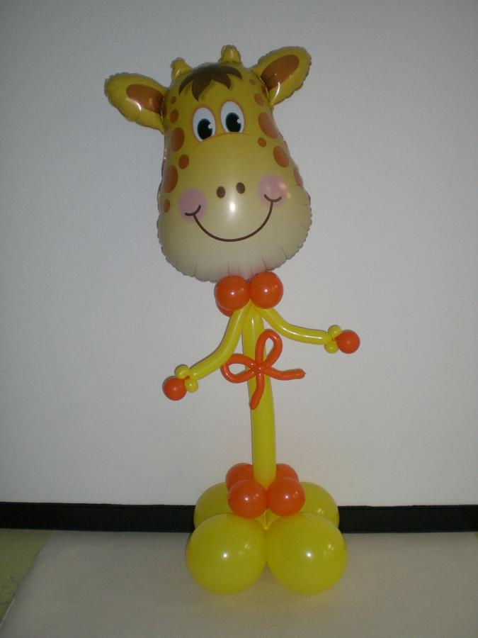 Giraffe party friend