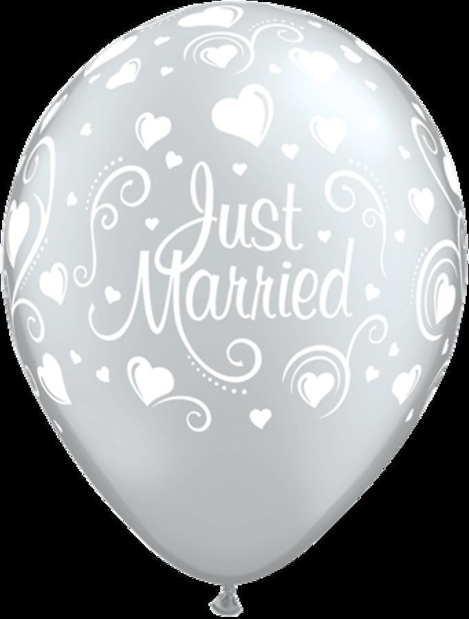 Just married hearts latex balloons