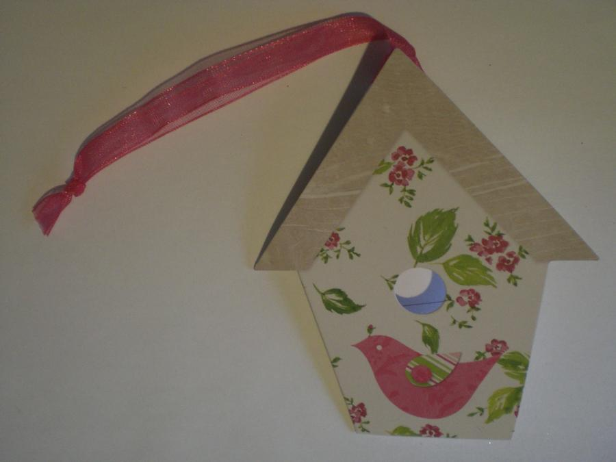 Gift tag birdhouse
