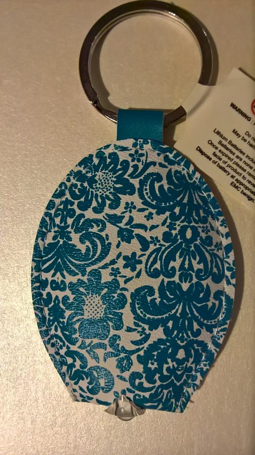 Light up key ring blue pattern