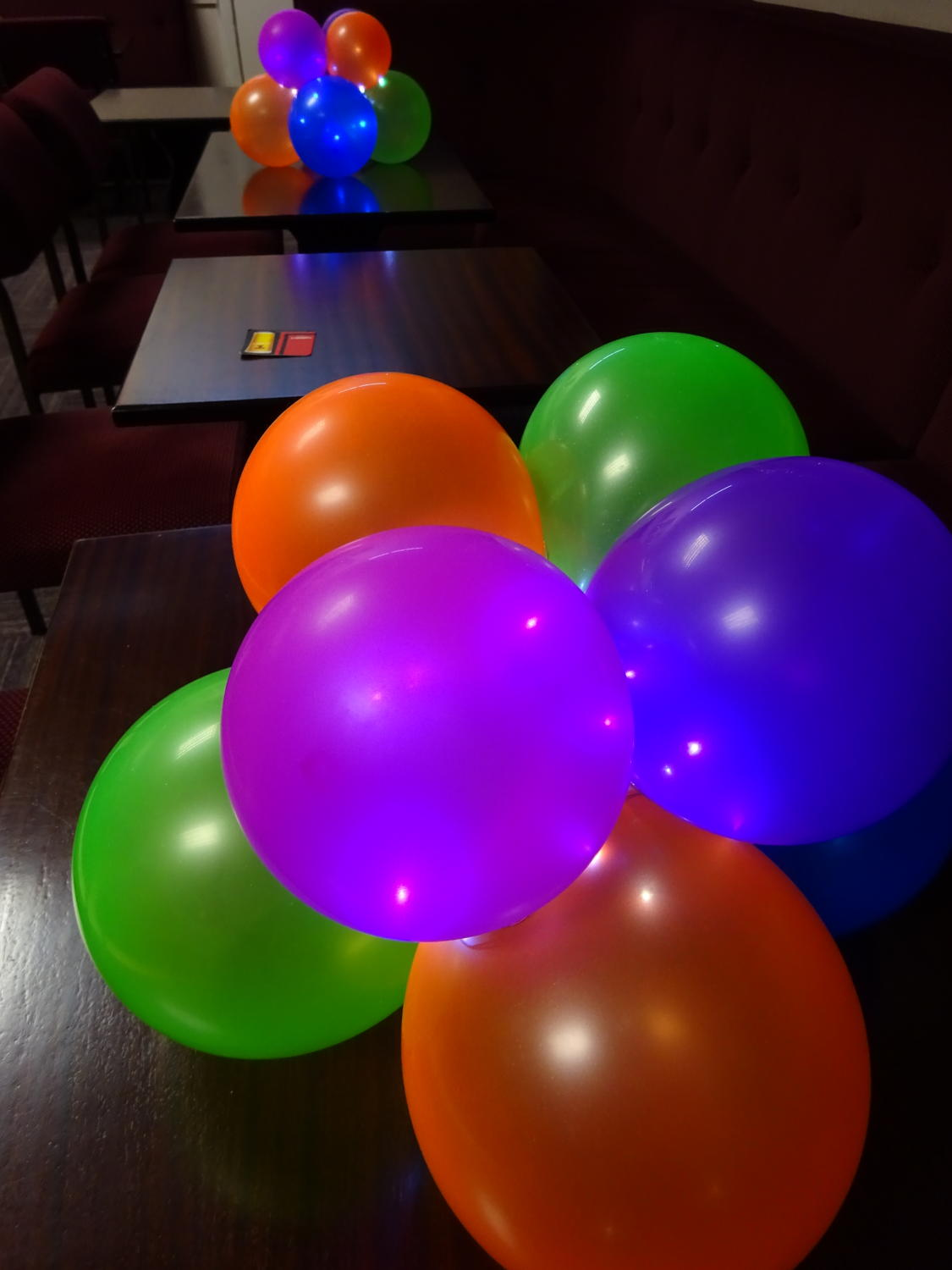 Balloon centrepiece with lights